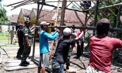 Tolong Menolong Terhadap Sesama, TNI Renovasi Rumah Mbah Murti Rojopolo