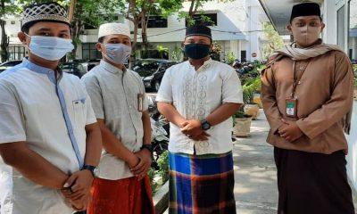 Sejumlah ASN di Pemkab Lumajang memakai busana muslim.